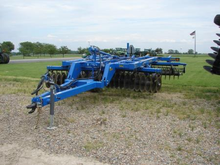 Farm world equipment mart used equipment at equipment 22 blades 7 spacing hydraulic depth control rolling baskets 125l 15 field tires walking tandems scrappers jack safety chain demo machine sciox Image collections